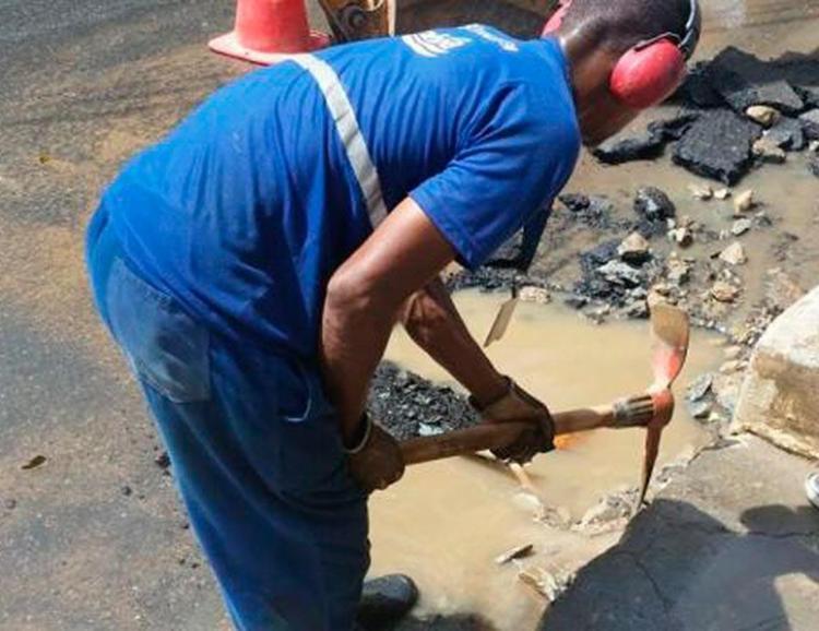 Furto de água é qualificado como crime contra o patrimônio - Foto: Divulgação | Embasa