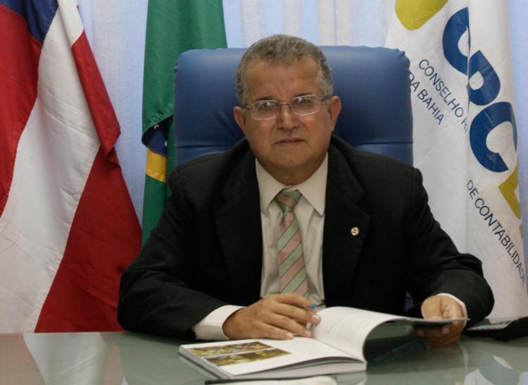 Antônio Carlos Nogueira, presidente do Conselho Regional de Contabilidade da Bahia - Foto: Mila Cordeiro l Ag. A TARDE