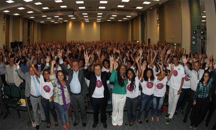 Estudantes irão trabalhar em órgãos públicos, 300 deles em Salvador e 200 no interior da Bahia - Foto: Manu Dias l Gov-BA