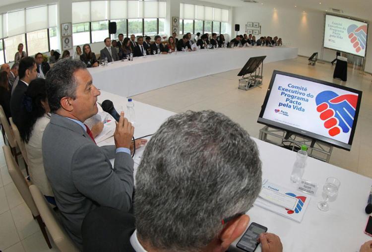Governador Rui Costa fala na reunião desta quarta-feira, 29, realizada na cidade de Itabuna - Foto: Manu Dias l Gov-BA