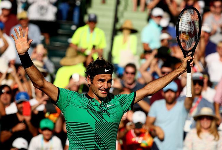 Tenista suíço venceu por 2 sets a 1, com parciais de 6/2, 3/6 e 7/6 (8/6) - Foto: Al Bello l Getty Images North America l AFP