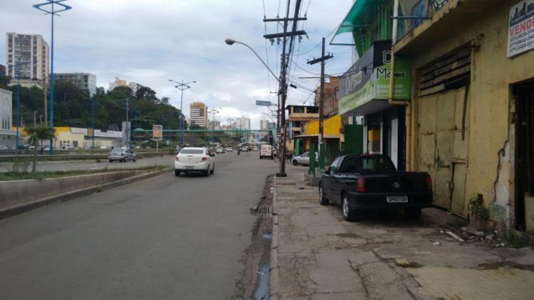 Crime aconteceu na Avenida Heitor Dias, próximo ao supermercado Extra - Foto: Edilson Lima | Ag. A TARDE