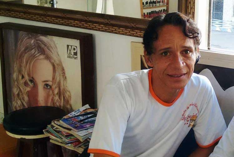 Robson trabalhava como cabeleireiro em um salão na Boca do Rio - Foto: Divulgação | Facebook