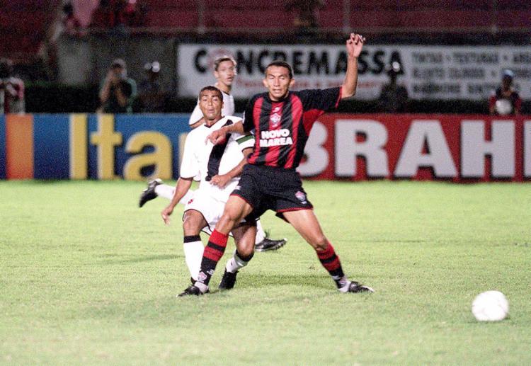Em 11 confrontos por competições nacionais, foram 10 triunfos do Leão, que jamais perdeu para o Bacalhau em sua Toca - Foto: Carlos Casaes l Ag. A TARDE