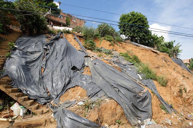 A segunda etapa de contenção da encosta no Marotinho, Bom Juá, terá a ordem de serviço assinada este mês - Foto: Margarida Neide l Ag. A TARDE
