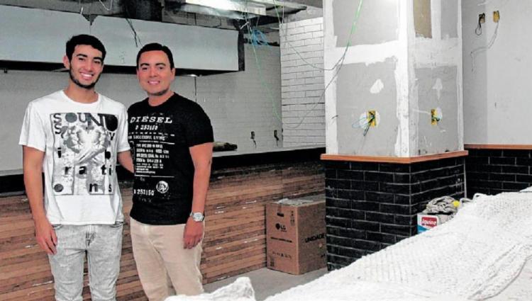 Múrcio e o filho Rodrigo investem em novo negócio - Foto: Mila Cordeiro   Ag. A TARDE