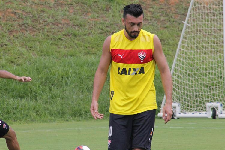 Dátolo vinha treinando normalmente, mas voltou a sentir lesão na segunda-feira, 6 - Foto: Maurícia da Matta l EC Vitória