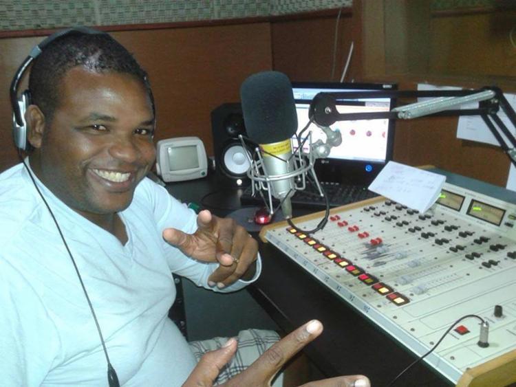 Renny X-Tudo passou pelas rádios Excelsior, Tudo FM e 100 FM - Foto: Reprodução | Facebook