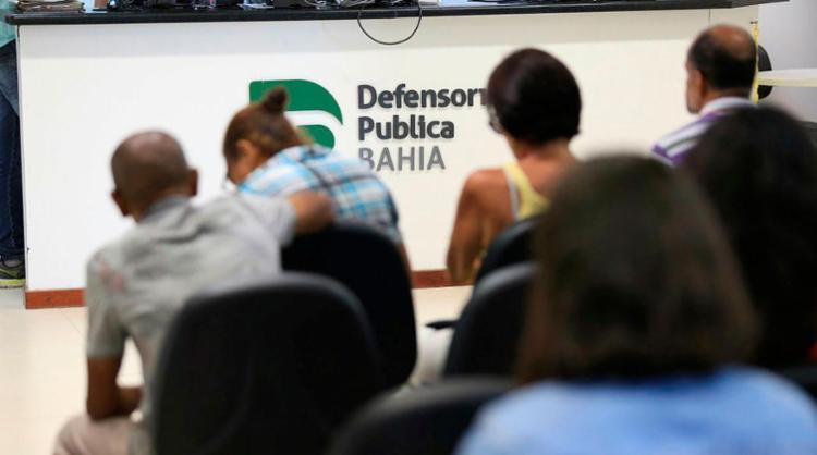 Defensoria vai focar no atendimento de casos de violência doméstica e discriminação - Foto: Raul Spinassé | Ag. A TARDE