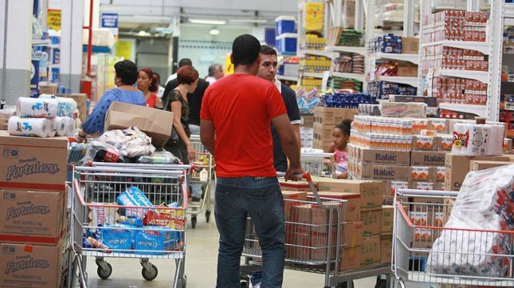 Na comparação com janeiro de 2017, as vendas do varejo tiveram alta de 3,2% - Foto: Joá Souza l Ag. A TARDE l 10.11.2016