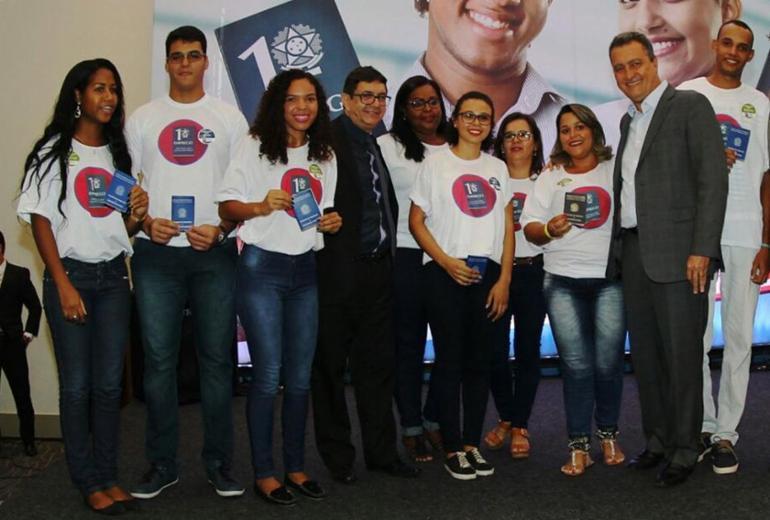 Programa encaminha mais 500 jovens para o mercado de trabalho