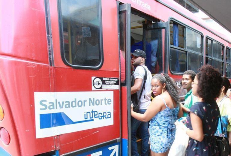 Ônibus da CSN são confiscados por causa de dívida com banco