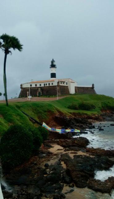 Totem caiu por conta dos ventos fortes - Foto: Xando Pereira | Ag. A TARDE