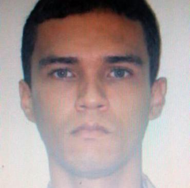 Júlio César Perpétuo, 33 anos, é suspeito pela morte de dois adolescentes em uma estação de trem - Foto: Polícia Civil | Divulgação