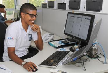 Jovens iniciam atuação em secretarias estaduais
