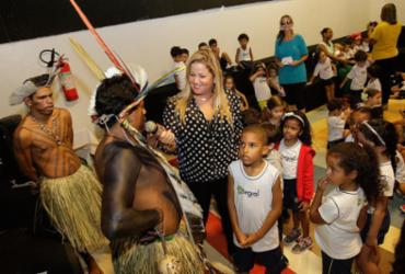 Escola promove encontro entre alunos e indígenas de Alagoas