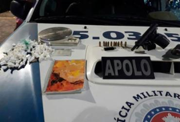 Dono de bar é flagrado vendendo droga e tenta subornar policiais