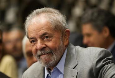 """Lula diz que não tem conta na Suíça: """"prova de honestidade"""""""