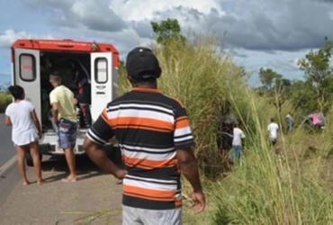 Criança morre e cinco pessoas ficam feridas em acidente na BR-242