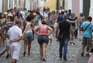 Chuva não desanima visitantes durante feriadão em Salvador