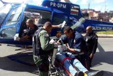 Vítimas são transportadas de helicóptero após acidente na Av. Gal Costa