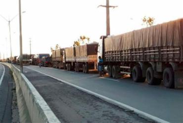 Trânsito é liberado na BR-324 após intervenção da PRF