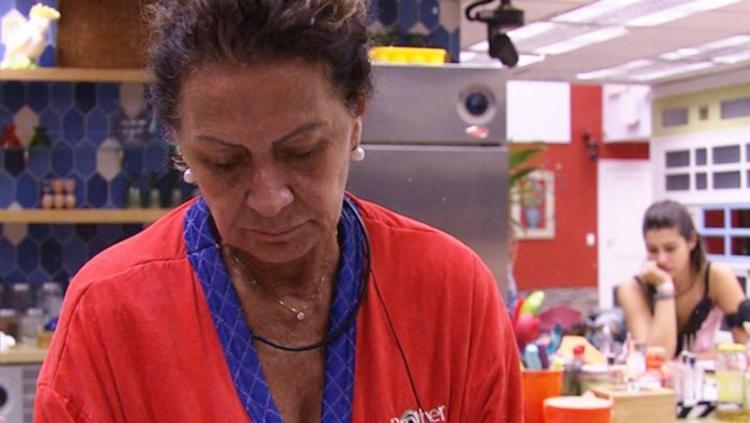 Ieda pediu medicamento para pressão após discussão de Marcos e Emilly - Foto: Reprodução | TV Globo