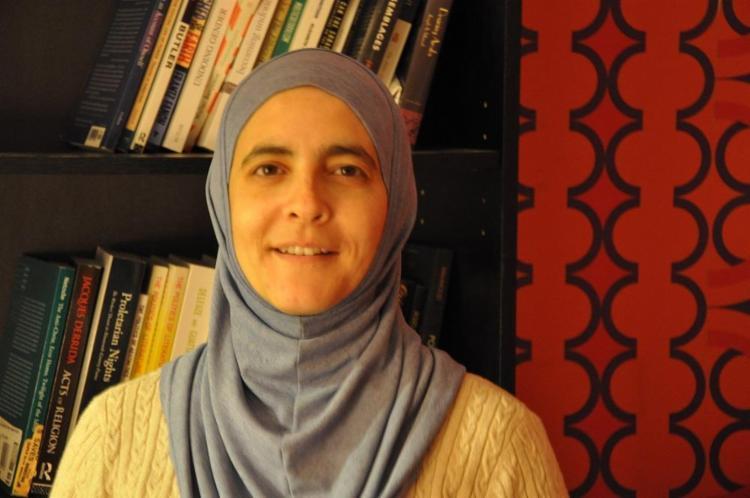 A biológa Rana Dajani criou o programa mundial de leitura We Love Reading - Foto: Divulgação