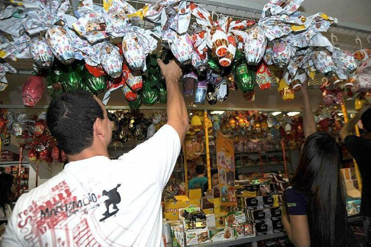 Estabelecimentos terão horários diferenciados por conta do feriado de Páscoa - Foto: Divulgação