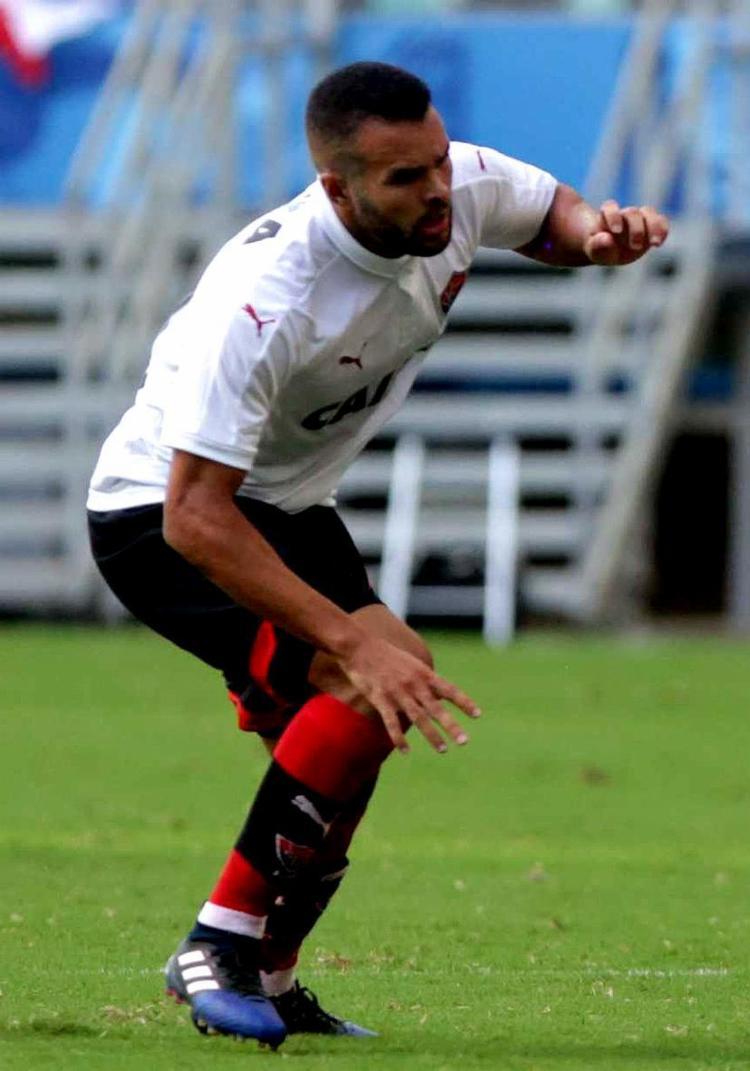 O atleta passará por cirurgia, ainda sem data definida - Foto: Raul Spinassé l Ag. A TARDE