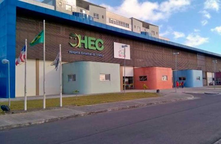 A criança estava internada há mais de um mês no Hospital Estadual da Criança - Foto: Ed Santos | Acorda Cidade