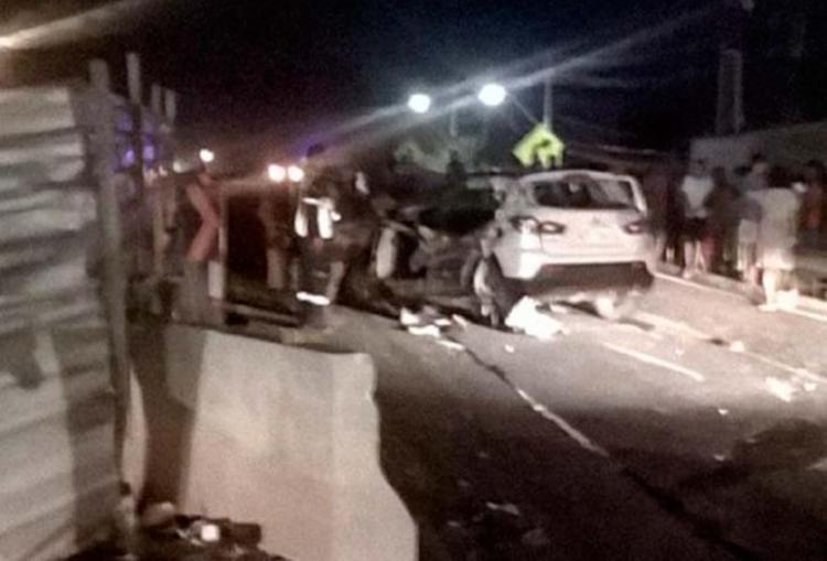 O acidente aconteceu no km 8 da BA-099, na cidade de Lauro de Freitas - Foto: Reprodução | Site Lauro News Online