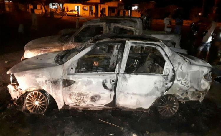 Ninguém ficou ferido durante a confusão - Foto: Ed Santos | Site Acorda Cidade