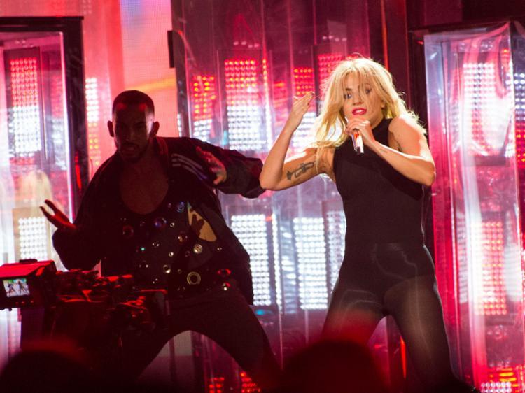 Lady Gaga durante sua performance no evento - Foto: Valerie Macon | AFP