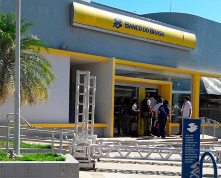O alarme do banco foi acionado mas quando os policiais chegaram não encontraram nada suspeito - Foto: Reprodução | Blog Braga