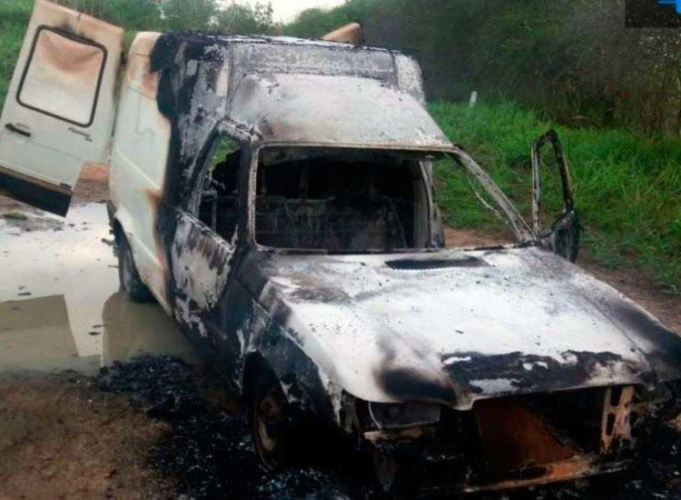 Suspeito incendiou veículo usado na ação criminosa - Foto: Divulgação   SSP-BA