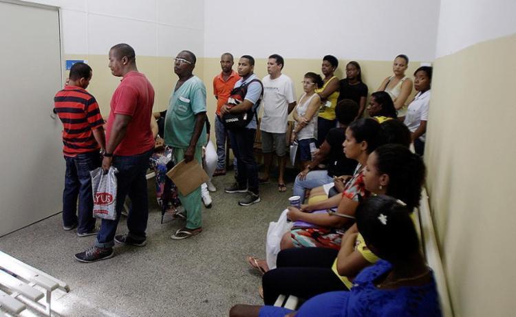 Centro de Saúde Ramiro de Azevedo permaneceu movimentado - Foto: Fotos Raul Spinassé l Ag. A TARDE