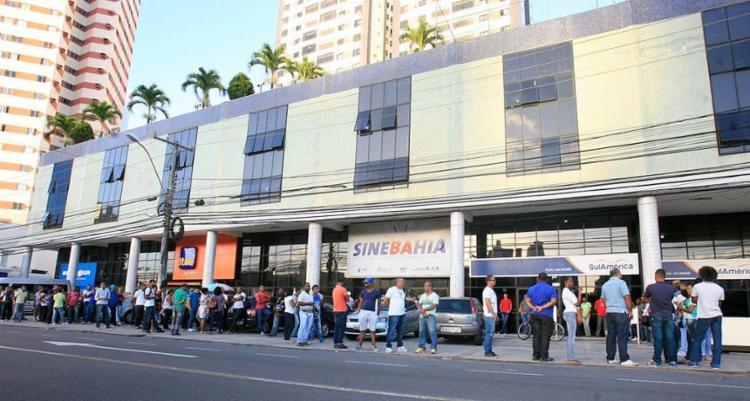 Entre as oportunidades na capital, há 15 vagas para montador de móveis e artefatos de madeira - Foto: Edilson Lima | Ag. A TARDE
