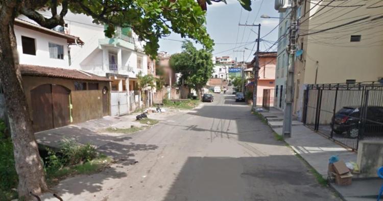 Vítima morava na rua do Bispo, no bairro de Nova Brasília de Itapuã - Foto: Reprodução | Google Maps
