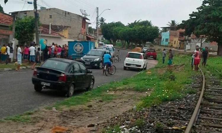 Crime aconteceu na rua Antônio Valverde Bastos, em Alagoinhas - Foto: Reprodução | Site Alta Pressão Online
