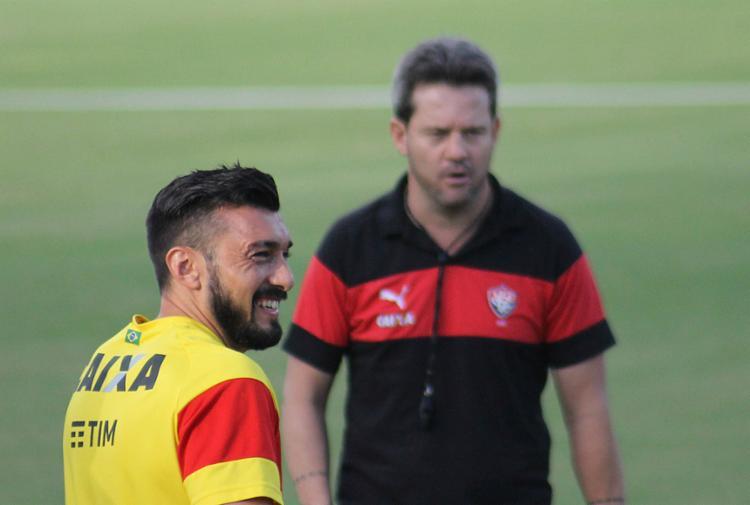 Argel volta a contar com Dátolo dois meses depois de sua última partida - Foto: Maurícia da Matta l EC Vitória