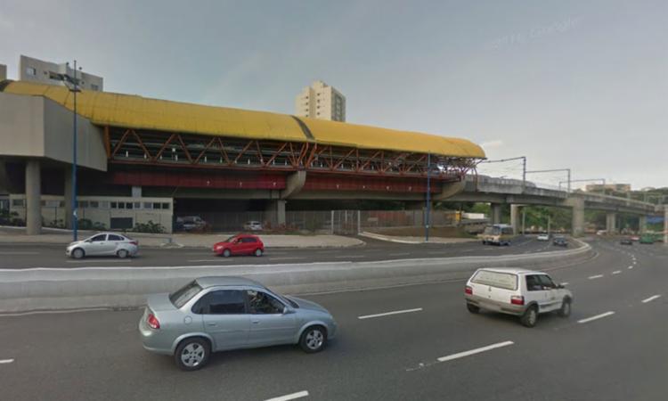 Colisão aconteceu nas proximidades da Estação do Metrô - Foto: Reprodução | Google Maps