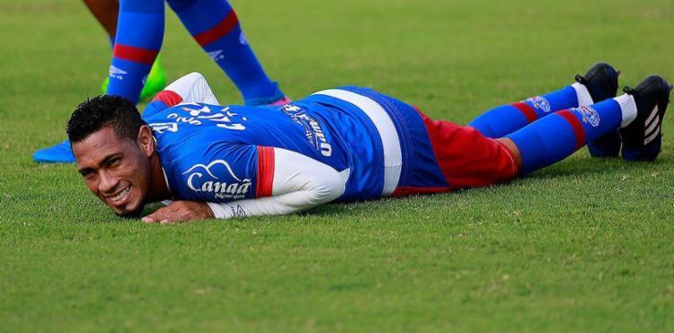 Hernane tenta voltar a marcar na Fonte após um mês de jejum - Foto: Felipe Oliveira l EC Bahia