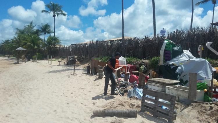Agentes atuam na foz do rio Jacuípe (Barra do Jacuípe) - Foto: Ascom Camaçari | Divulgação