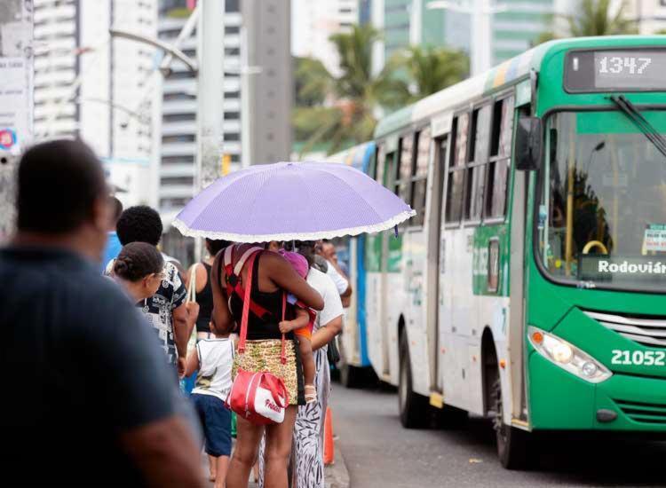 Rodoviários vão garantir efetivo de 30% nas ruas, segundo sindicado - Foto: Edilson Lima | Ag. A TARDE | 01/02/2017
