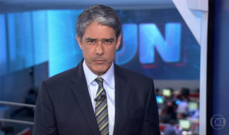 Bonner vive romance com médica desde o ano passado, segundo colunista - Foto: Reprodução | TV Globo