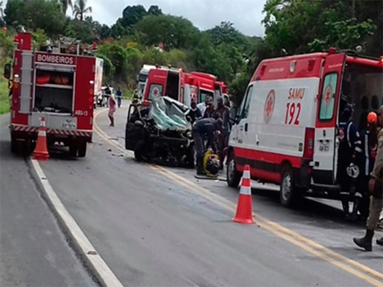 Acidente ocorreu na manhã desta quarta, 26, na BR-101 - Foto: Reprodução | Blog Voz da Bahia