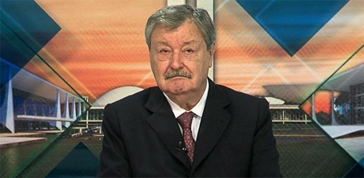 Após mais de 50 anos de jornalismo, Carlos Chagas encerrou a carreira na TV em 2016 - Foto: Divulgação
