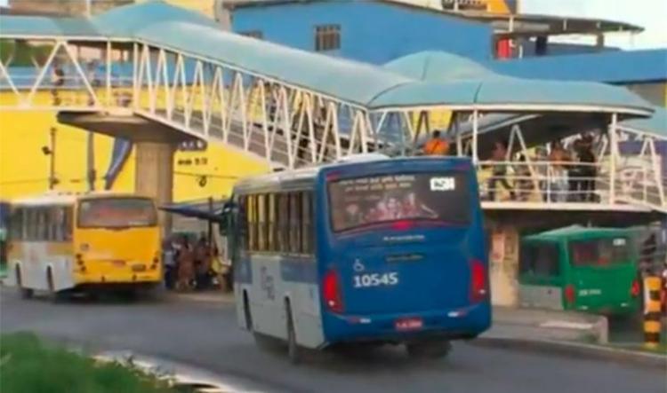 Veículos estão circulando normalmente na LIP - Foto: Reprodução | TV Bahia