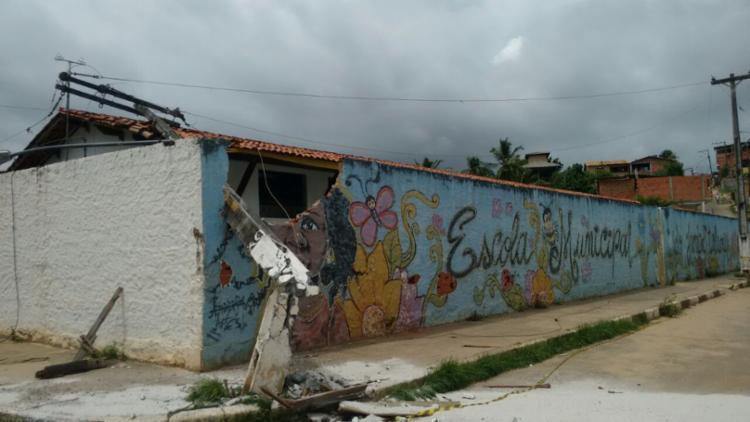 Aulas na escola foram suspensas para o turno da tarde nesta quinta, 6 - Foto: Xando Pereira   Ag. A TARDE